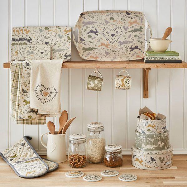 Set of 3 Round Nesting Cake Storage Tins - Assorted Woodland Animals Designs-2244
